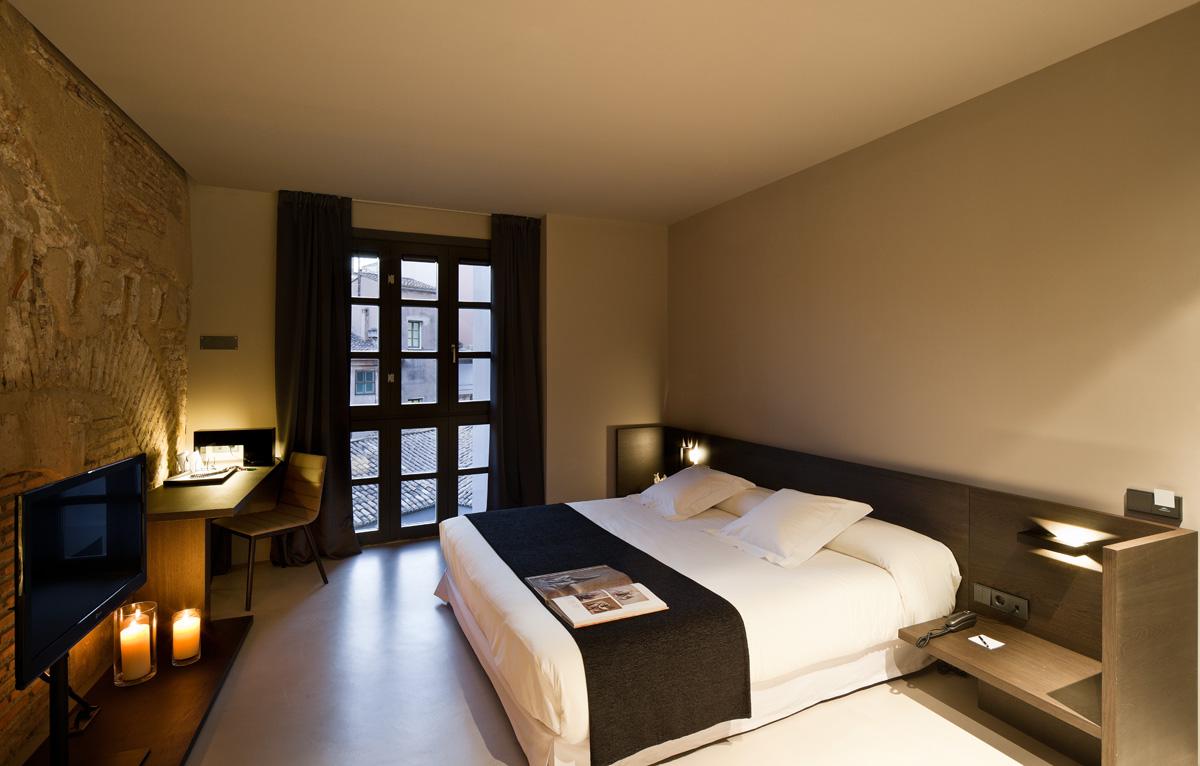 bedroom hotels modern low budget interior design rh auzalyeheu parajumperslongbear store